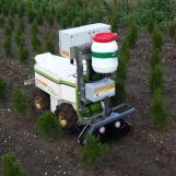 MANKAR® ULV Anbau-Sprühsystem im Einsatz an einem Roboter von Naïo Technologies